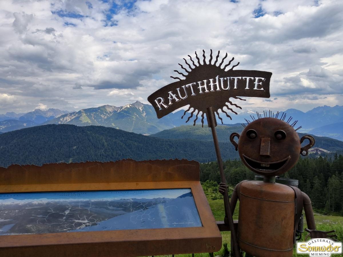 Hohe Munde Überschreitung - Einkehr auf der Rauthhütte